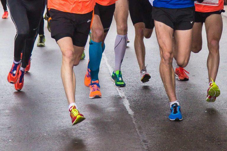 Běhání a hubnutí: Jak spalovat tuky při běhání
