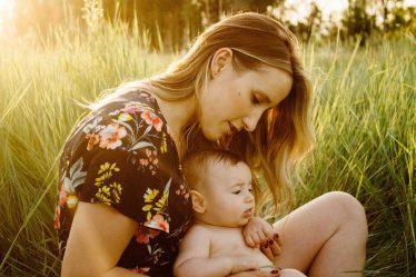 V době po porodu, během kojení, není vhodný čas na nějakou striktní redukční dietu. Nízkokalorické diety, se pro ženy po porodu, vůbec nehodí.