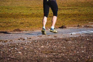 Z pohledu hubnutí, není asi mezi chůzí a během, skoro žádný rozdíl. Chůze je šetrnější k pohybovému aparátu.