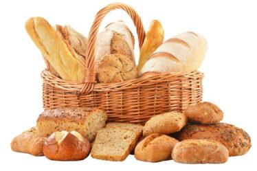 V kalorických tabulkách, nebo na obalech potravin, se obsah energie (kalorie a kilojouly), udávají obvykle na 100 gramů hmotnosti.